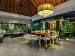 Villa Banyu Open living