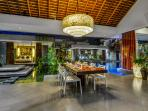 Villa Banyu Dining
