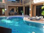 Pool, jacuzzi and sun terrace
