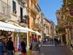Corso Umberto: for the best shopping experience!