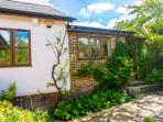 Badgers Den Holiday Cottage, Covehurst Bay, Hastings