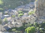 Le village de La Malene entre riviere et roc