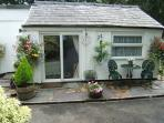 Glascoed Bungalow ideally siuated for all routes up Snowdon beaches and Beddgelert Forest