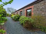 Rock Cottage is all on one level with plenty of private parking.
