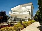 Lovely beach house near Athens