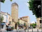 Nissan-lez-Enserune village centre