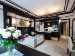 Elegant One Bedroom Apartment in Sale, M33 6NB
