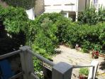 terrasse/solarium au 1° étage (on y accède depuis la chambre)