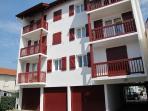 La résidence Iduski Alde - appartement aux niveaux 2 et 3 - pas de voisins au dessus....