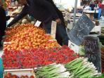 Fresh market produce Wednesday and Saturdays