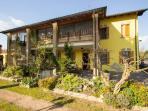 Grazioso appartamento con giardino di aloe