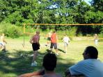 Partie de volley acharnée Franco Belge