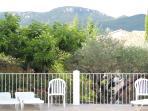 vue sur la montagne de la piscine