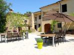 Villa NuMoViv: 3 luxury apartments & swimmingpool