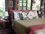 Hawaiian Style King Cal bed with organic sheets