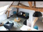 pièce à vivre 4 m de hauteur sous plafond, décoration scandinave