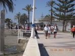 Strandpromenaden är vacker dygnet runt. Ger möjligheter till långa promenader och cykelturer