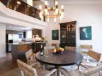 Lele Penthouse, 6B, 5B 2-half B Dining Area