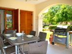 Apartment Atropos - Enjoy the summer BBQs in your private garden