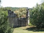 Ruined tower in grounds