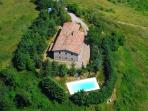 Wonderful villa with pool ideal up to 30 guests