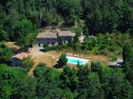 Characteristic Marche villa with beautiful pool