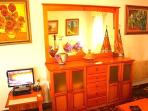 Pc with Internet, living Room, chimney, villa romana granada, wifi, fireplace,