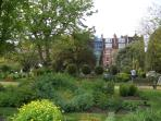 The nearby Chelsea Physic Garden