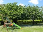 Portique & l'ombrage des cerisiers