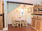 Rosemary Cottage Dining Area