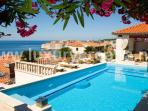 Beautiful holiday villa with pool in Dubrovnik