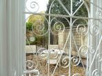 Through the conservatory door