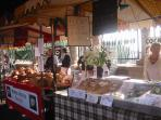 Award winning farmers market in Stroud town every Saturday morning