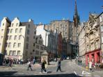 Visit Edinburgh, 4 or 5 trains per hour from Kirkcaldy
