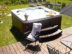 Garden & hot tub spa