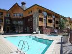 Mammoth Lodging | Sunstone Lodge | Heated Pool