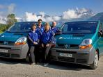 Resort minibus service, friendly staff!