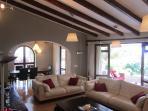 Main lounge/dining room