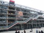 Georges Pompidou Center 25mn by metro