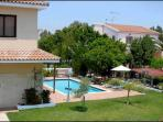 Garden,private pool,BBQ,private parking,FREE WIFI,FREE SAFE Four bedroom Villa