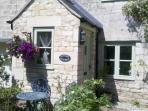 Autumn Cottage, lovely quiet location in Painswick