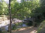 Coin détente près de la rivière