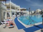 Resort Swimming Pool & Restuarant