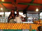 economical fresh orange juice seller with happy customer