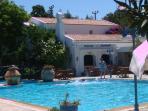 Comonnal pool