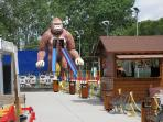 parque de ocio infantil a 50 mts