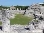 El REy, great archeological  site in Cancun Hotel Zone 45 min by bus.
