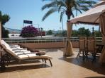Luxury 7Sun Beds with vew all day to the Sun with 7towels