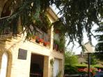 Bed and Breakfast , in Espere, 7 km from Cahors