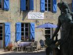 Holiday cottage and bed and breakfast in the hills south of Carcassonne